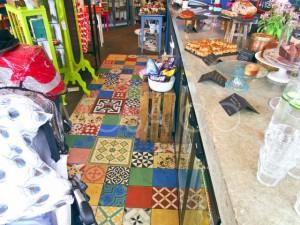 London Geschaeft/Cafe 5972_03